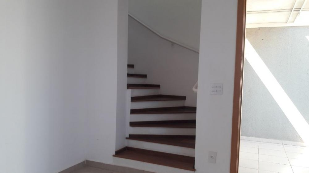 Alugar Casa / Sobrado em Bonfim Paulista R$ 1.800,00 - Foto 4