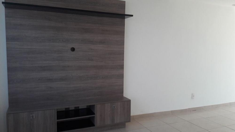 Alugar Casa / Sobrado em Bonfim Paulista R$ 1.800,00 - Foto 8