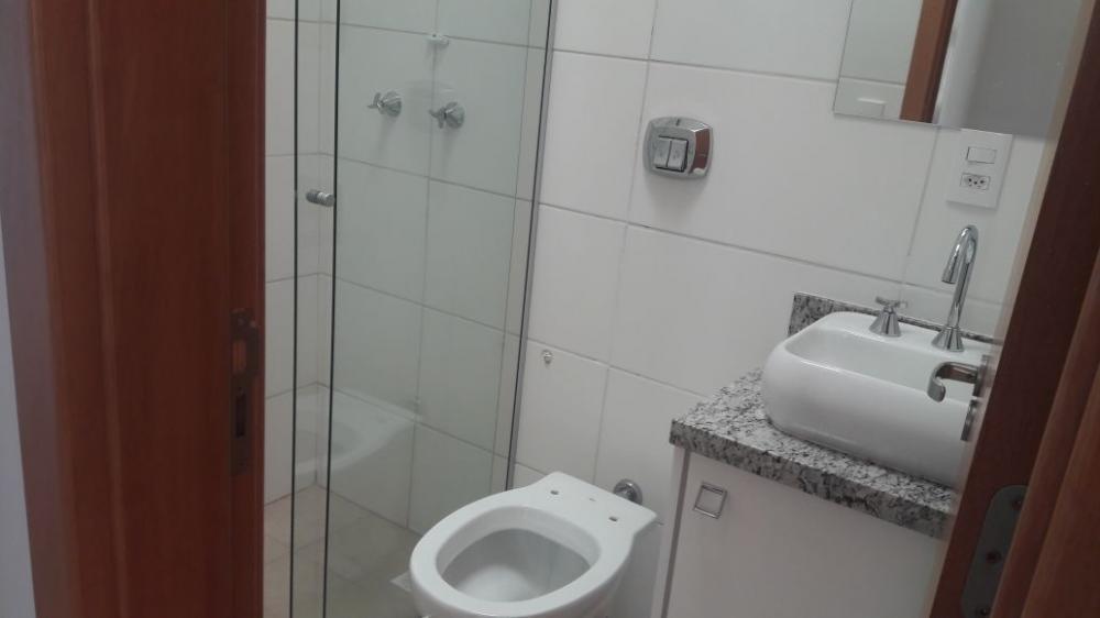 Alugar Casa / Sobrado em Bonfim Paulista R$ 1.800,00 - Foto 10