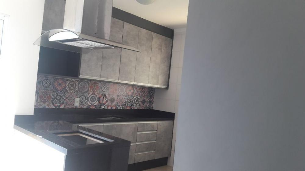 Alugar Casa / Sobrado em Bonfim Paulista R$ 1.800,00 - Foto 15