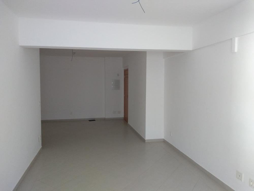 Comprar Apartamento / Padrão em Ribeirão Preto R$ 475.000,00 - Foto 2
