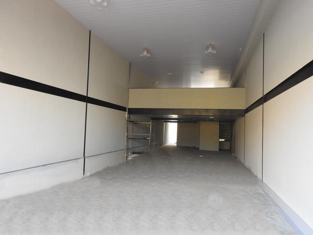 Alugar Comercial / Salão em Ribeirão Preto R$ 7.000,00 - Foto 3