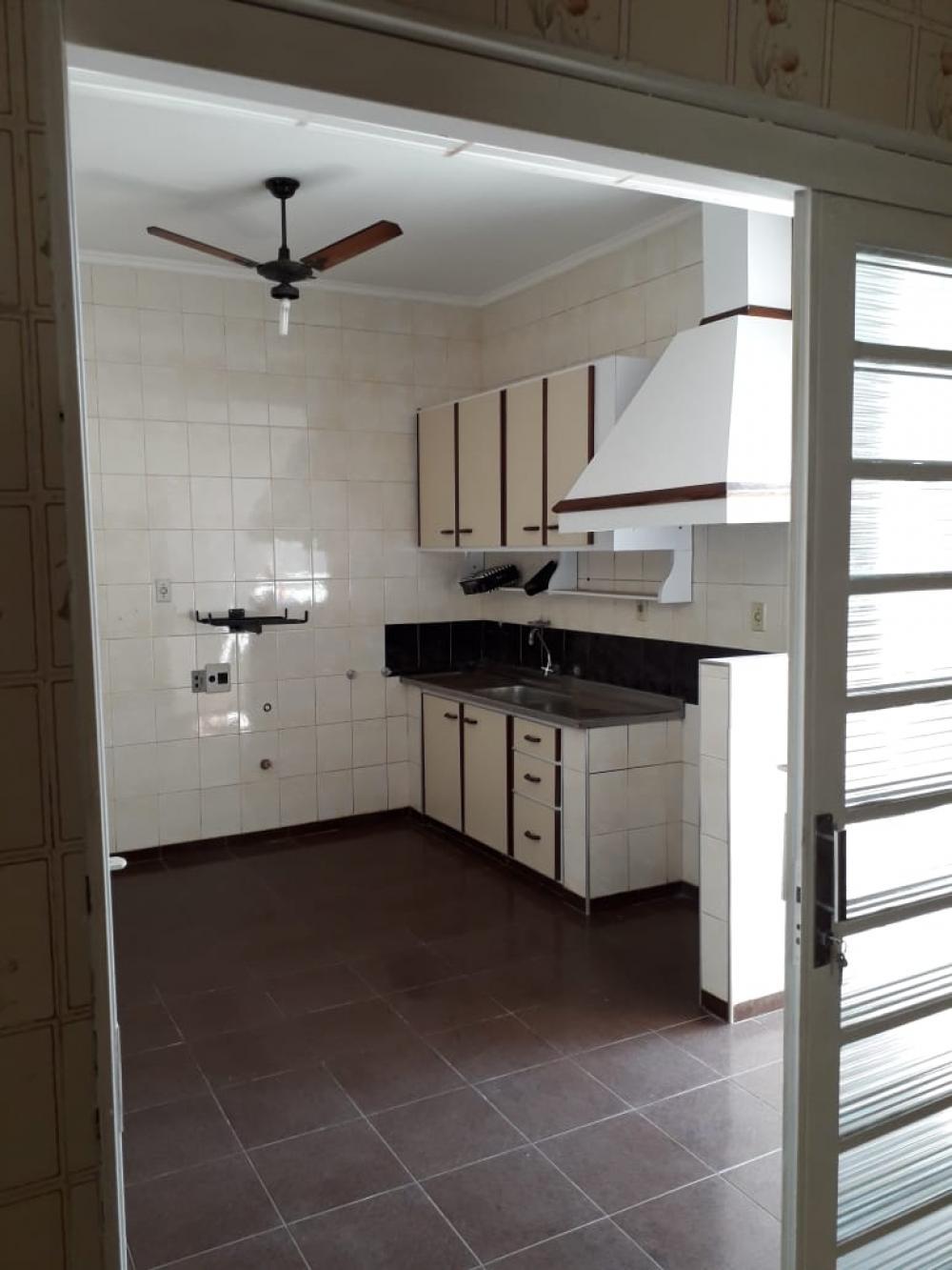 Comprar Casa / Padrão em Ribeirão Preto R$ 425.000,00 - Foto 6