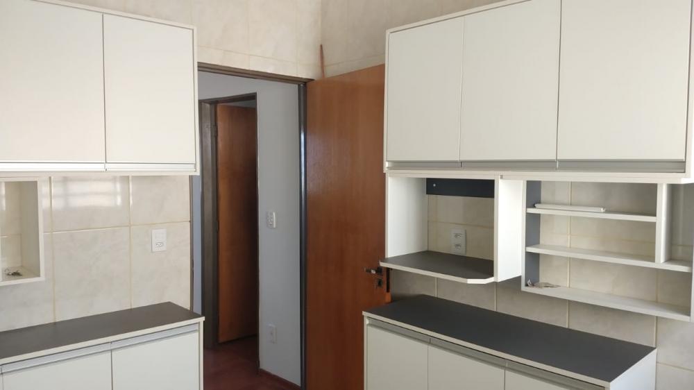 Comprar Apartamento / Padrão em Ribeirão Preto R$ 160.000,00 - Foto 1