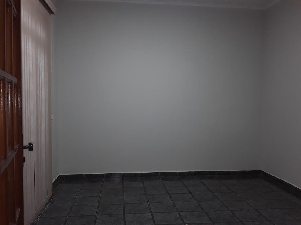 Alugar Casa / Padrão em Ribeirão Preto R$ 2.900,00 - Foto 9
