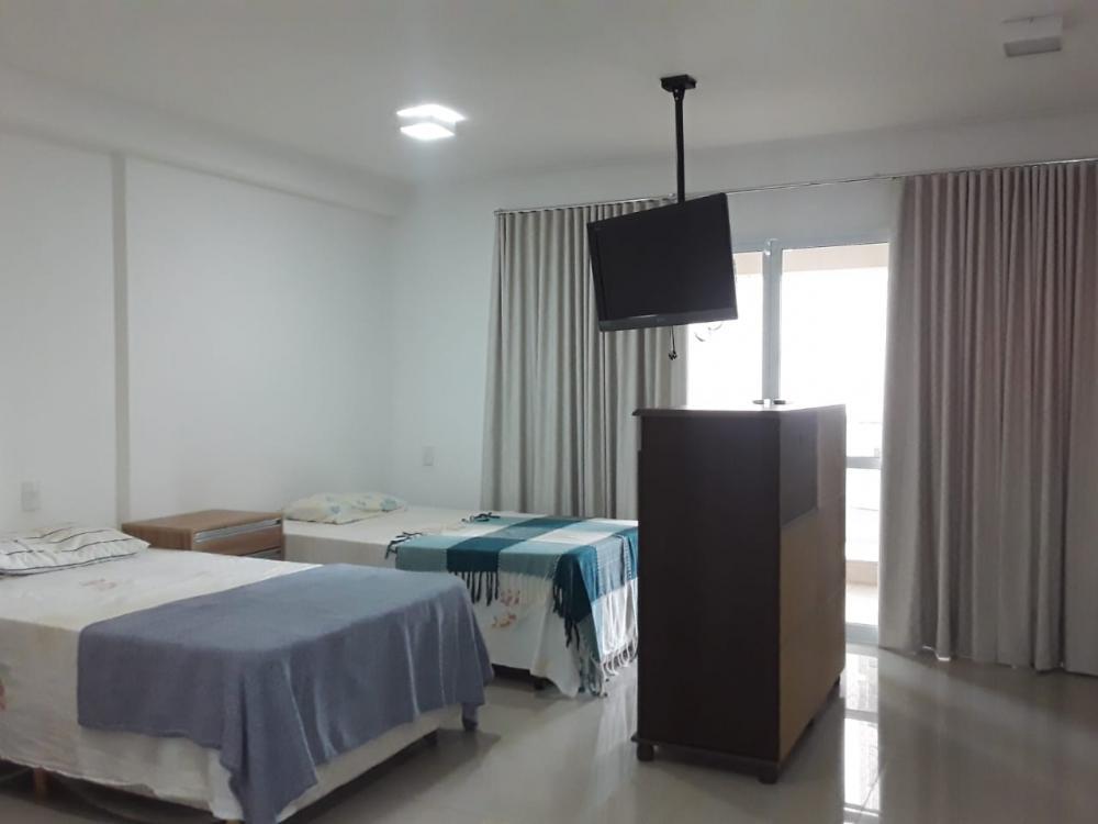 Alugar Apartamento / Flat em Ribeirão Preto R$ 1.500,00 - Foto 2