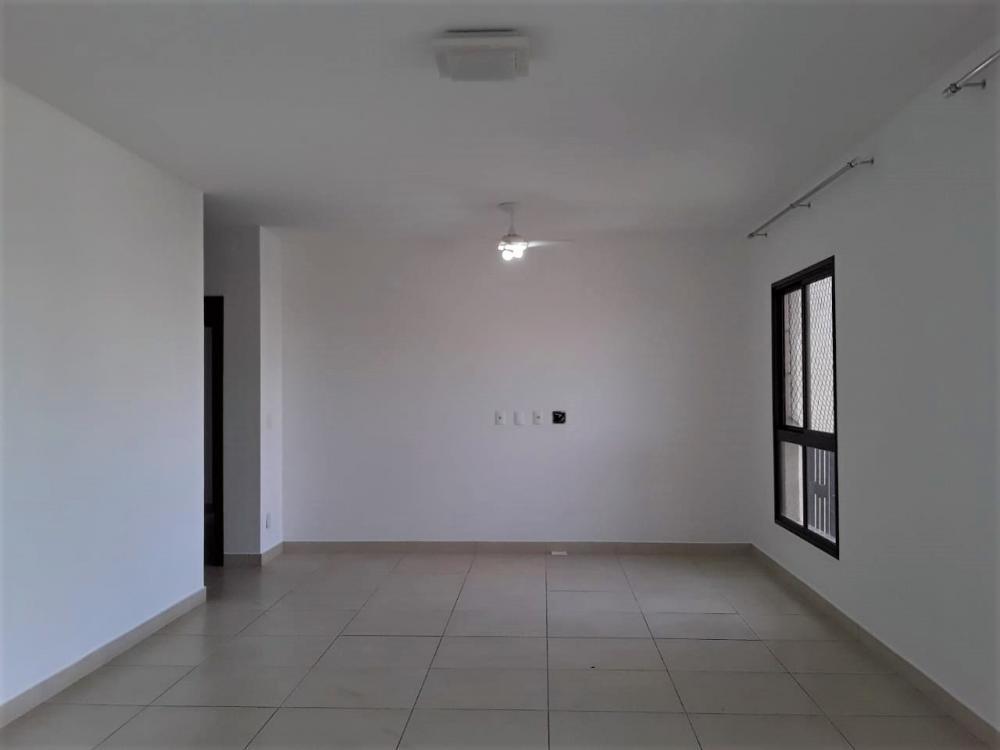 Alugar Apartamento / Padrão em Ribeirão Preto R$ 3.400,00 - Foto 3