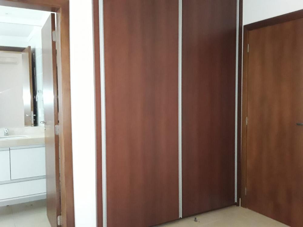Alugar Apartamento / Padrão em Ribeirão Preto R$ 3.400,00 - Foto 14