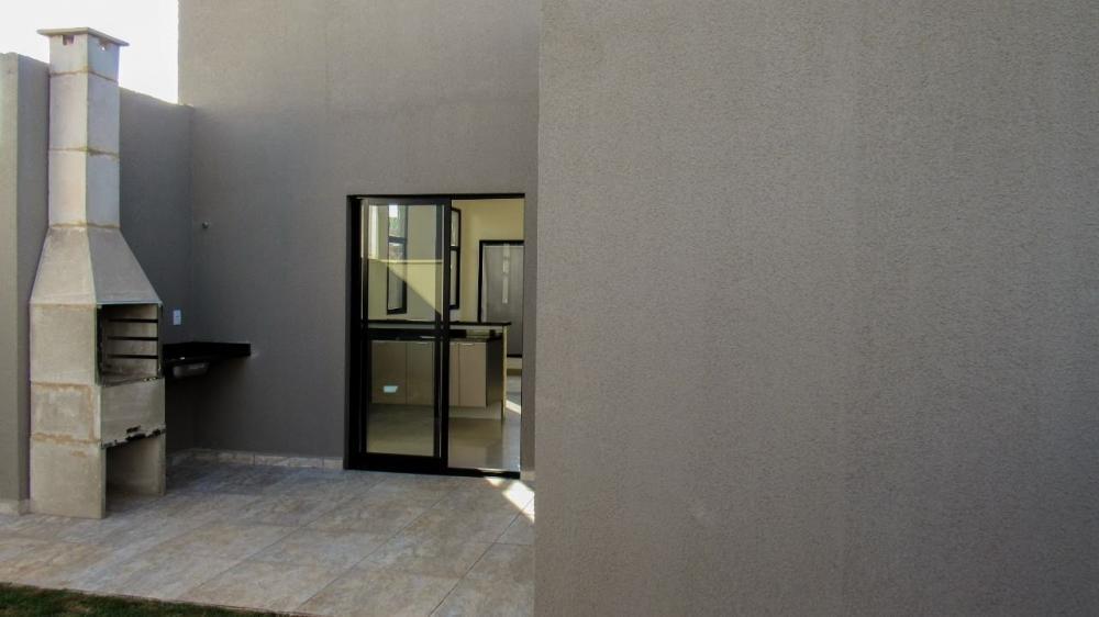 Comprar Casa / Padrão em Bonfim Paulista R$ 330.000,00 - Foto 2