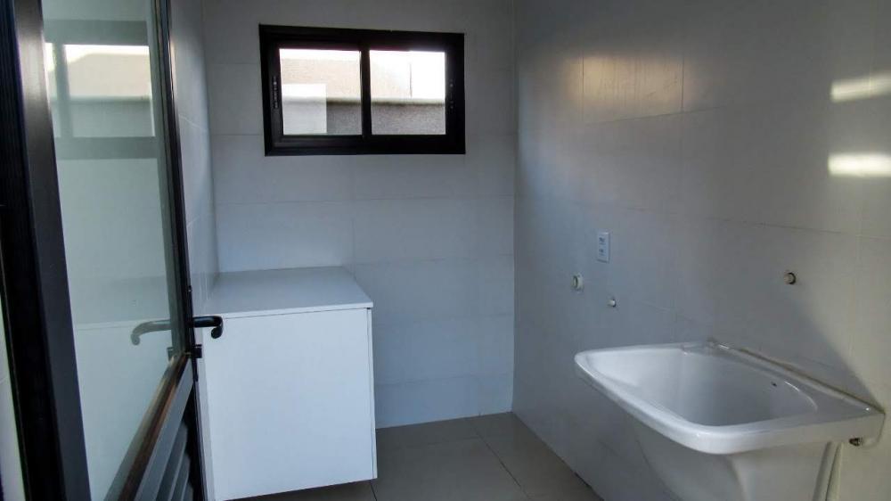 Comprar Casa / Padrão em Bonfim Paulista R$ 330.000,00 - Foto 3