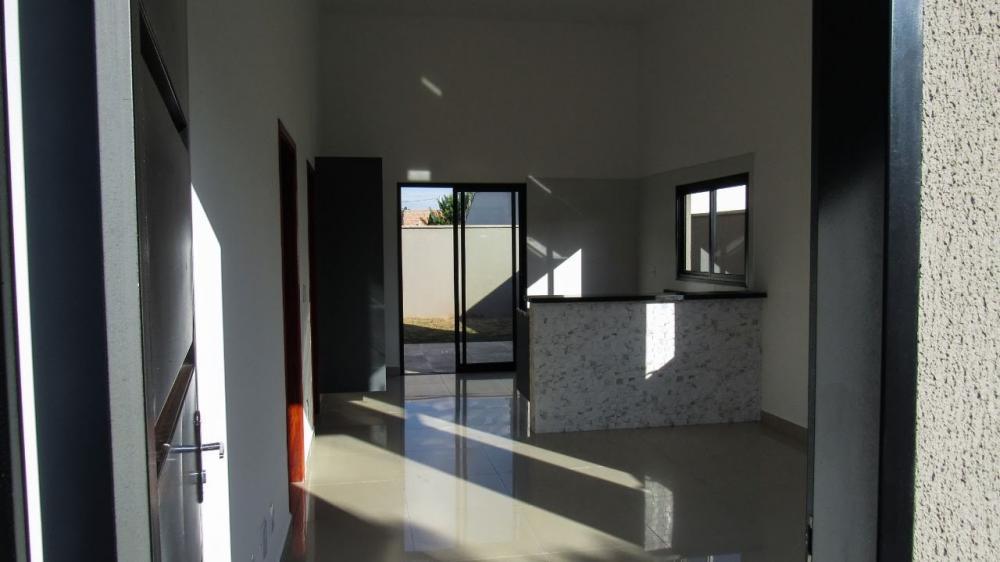 Comprar Casa / Padrão em Bonfim Paulista R$ 330.000,00 - Foto 1