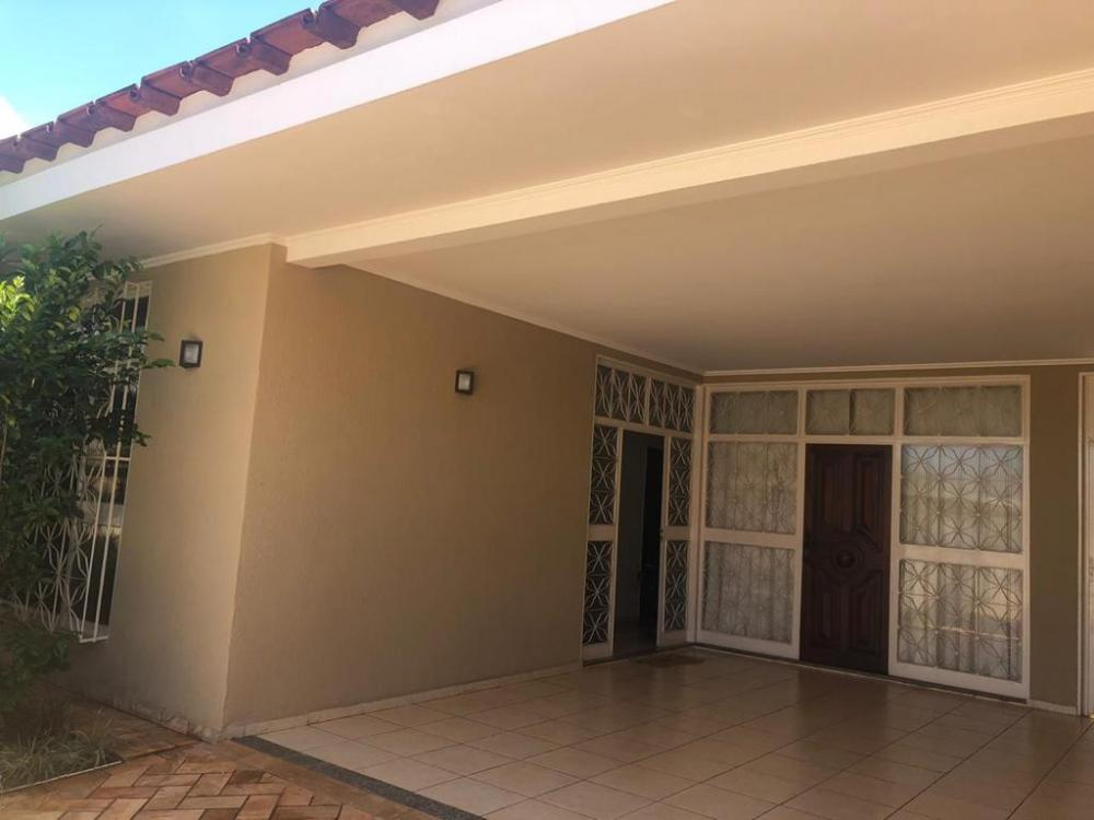 Comprar Casa / Padrão em Ribeirão Preto R$ 550.000,00 - Foto 1