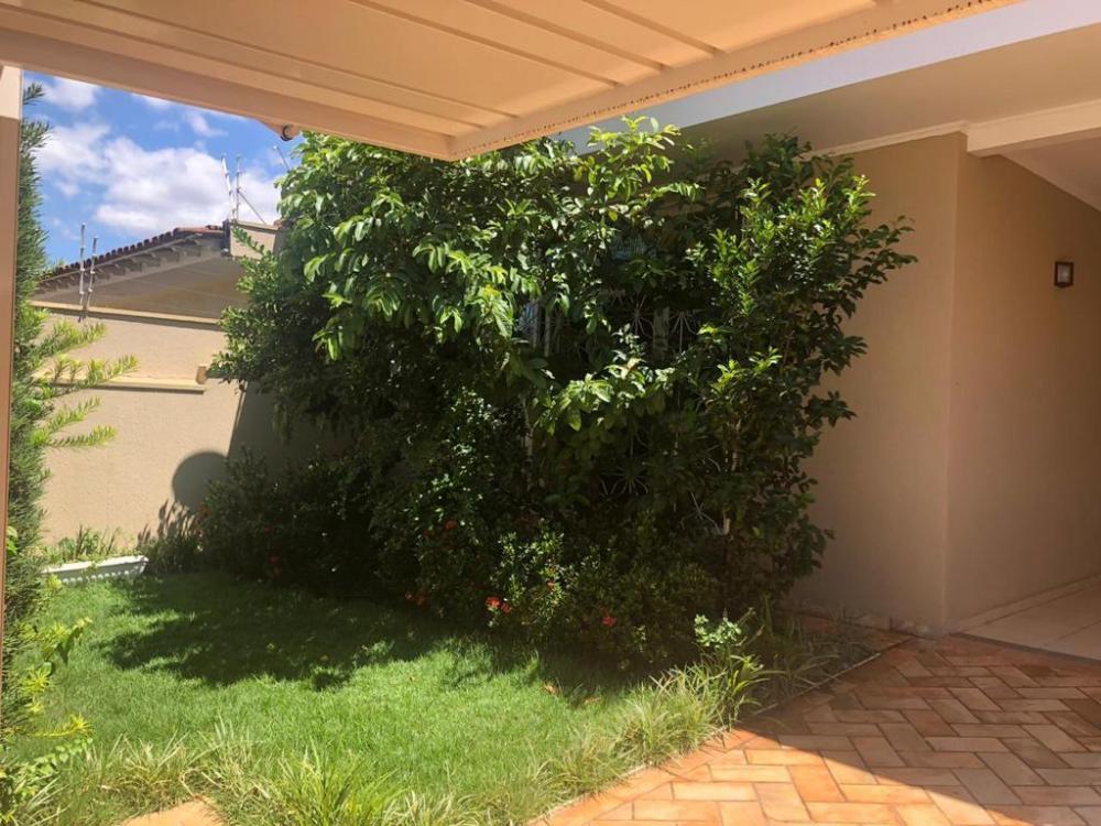Comprar Casa / Padrão em Ribeirão Preto R$ 550.000,00 - Foto 2