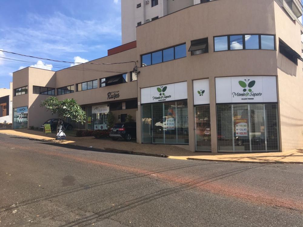 Alugar Comercial / Loja em Ribeirão Preto R$ 2.200,00 - Foto 1