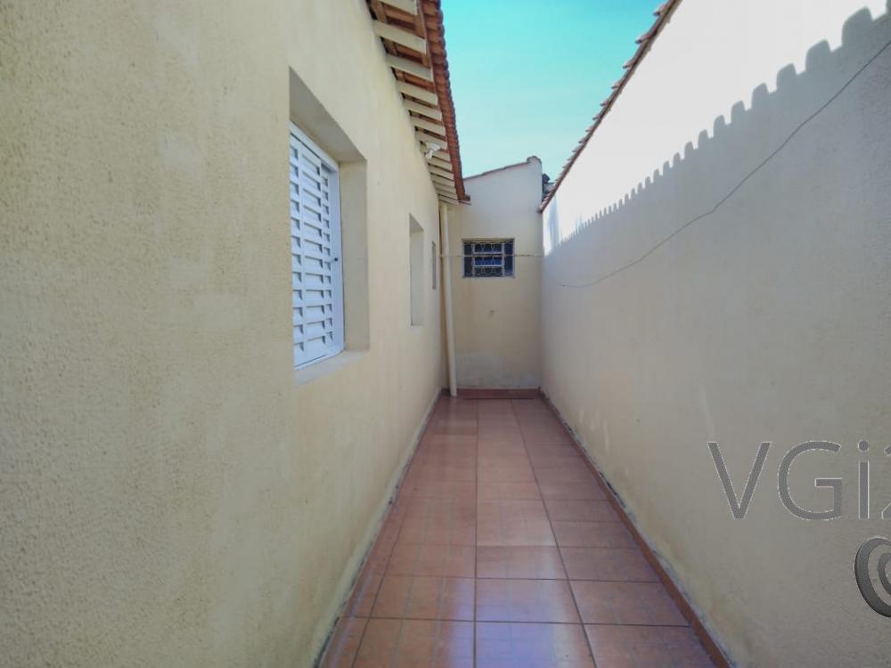 Alugar Casa / Padrão em Ribeirão Preto R$ 1.550,00 - Foto 22