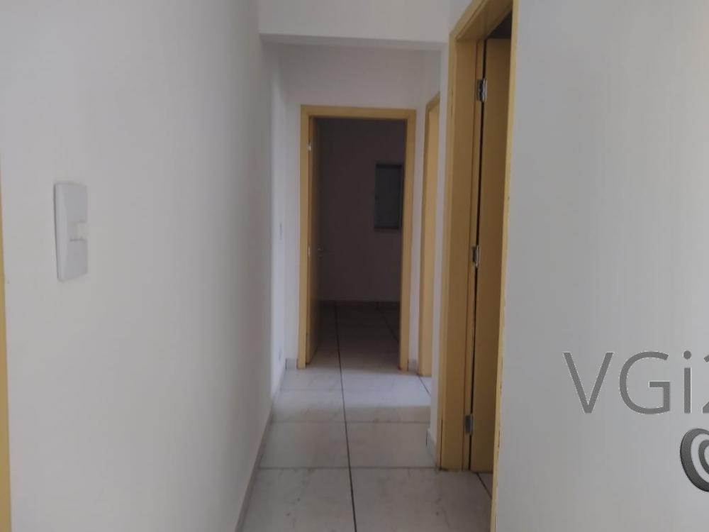 Alugar Casa / Padrão em Ribeirão Preto R$ 1.550,00 - Foto 9