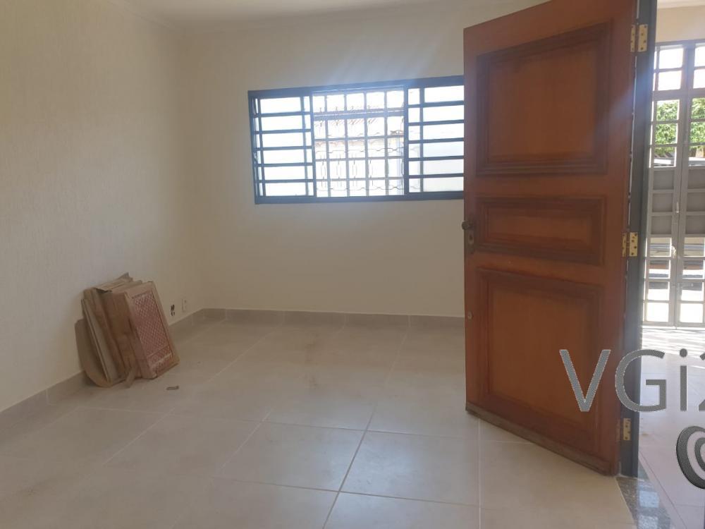 Comprar Casa / Padrão em Ribeirão Preto R$ 360.400,00 - Foto 4