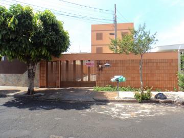 Alugar Apartamento / Padrão em Ribeirão Preto. apenas R$ 750,00