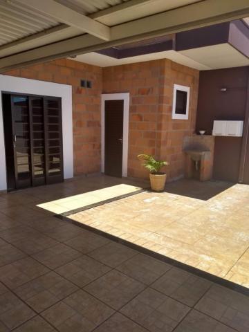 Comprar Casa / Sobrado em Bonfim Paulista R$ 355.000,00 - Foto 3