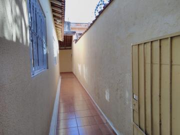Alugar Casa / Padrão em Ribeirão Preto R$ 1.550,00 - Foto 23