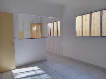Alugar Casa / Padrão em Ribeirão Preto R$ 1.550,00 - Foto 4