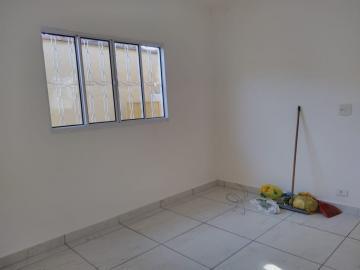 Alugar Casa / Padrão em Ribeirão Preto R$ 1.550,00 - Foto 3