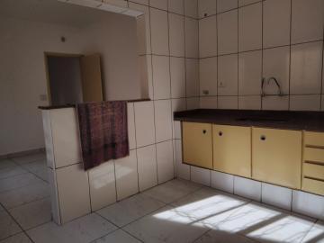 Alugar Casa / Padrão em Ribeirão Preto R$ 1.550,00 - Foto 7