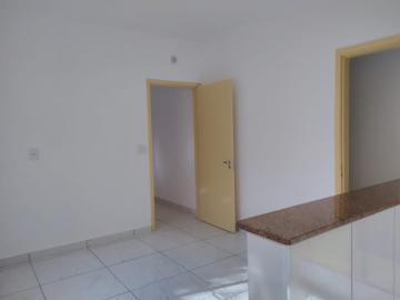 Alugar Casa / Padrão em Ribeirão Preto R$ 1.550,00 - Foto 6