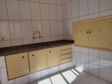 Alugar Casa / Padrão em Ribeirão Preto R$ 1.550,00 - Foto 8