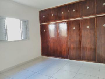 Alugar Casa / Padrão em Ribeirão Preto R$ 1.550,00 - Foto 14