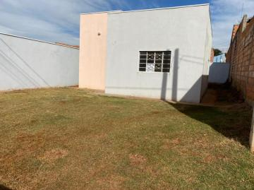 Alugar Casa / Padrão em Jardinópolis. apenas R$ 160.000,00