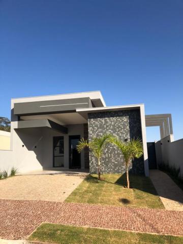 Casa em condomínio única